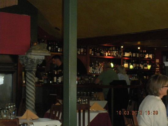 Girardi's Osteria: bar