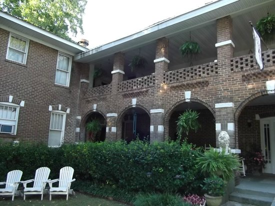Thomas House: Front of house 