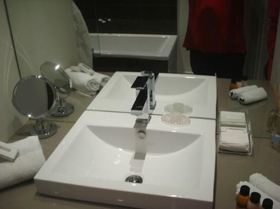Villa Zest Boutique Hotel: bathroom