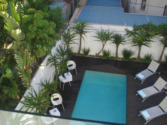 Villa Zest Boutique Hotel: pool area