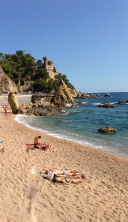 Alegria Plaza Paris: lloret de mar beach