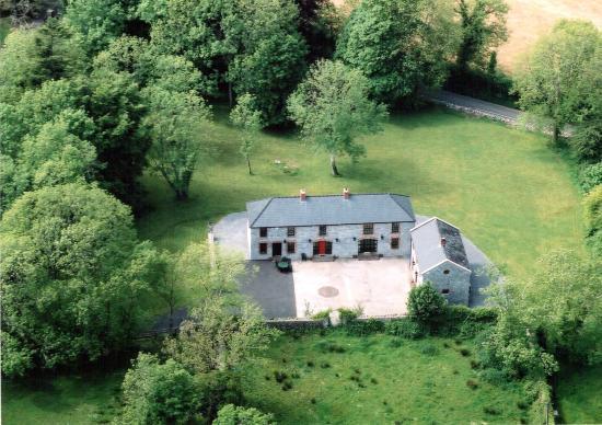 Strasburgh Manor: Aerial view