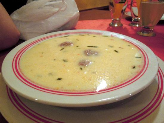 Grand Plaza: Meatball cream soup