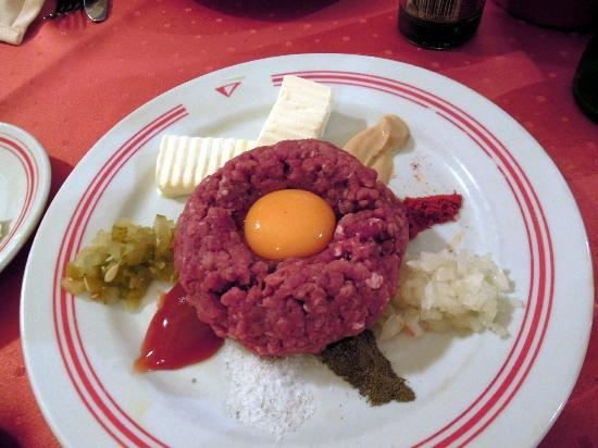 Grand Plaza: tartar beef, my favourite