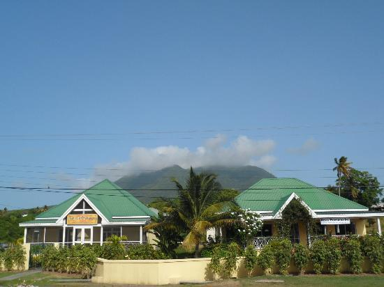 Nelson Spring Beach Resort: Mount Nevis