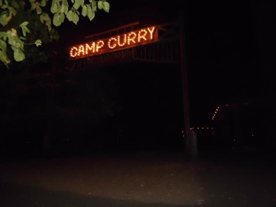Half Dome Village: Camp Curry