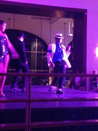 Fiesta Americana Condesa Cancun All Inclusive: michael jackson show!