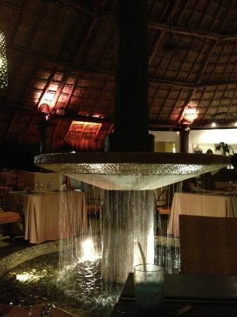 Fiesta Americana Condesa Cancun All Inclusive: the asian resturant -- great california rolls