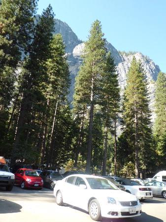 Half Dome Village: Parking facilities