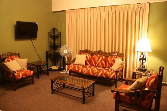 Suites Larco 656: comedor