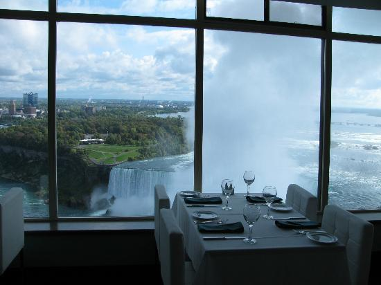 The Tower Hotel : The Pinnacle Restaurant