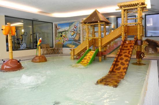 AlpHoliday Dolomiti Wellness & Fun Hotel: PISCINA BAMBINI