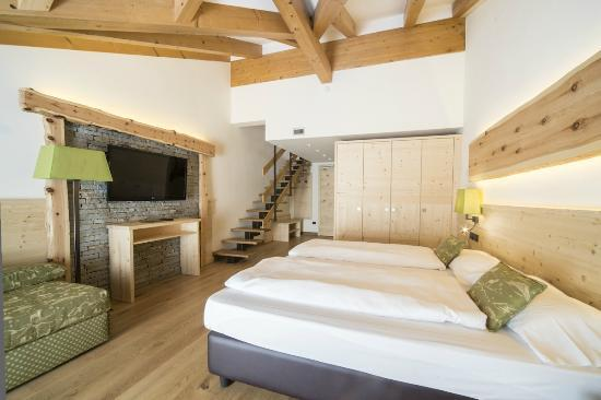 AlpHoliday Dolomiti Wellness & Fun Hotel: JUNIOR SUITE FAMILY COMFORT