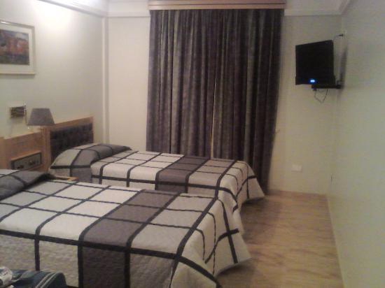 Hotel Columbia: quarto