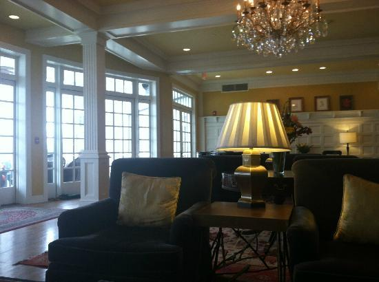 The Sagamore Resort: hotel lobby