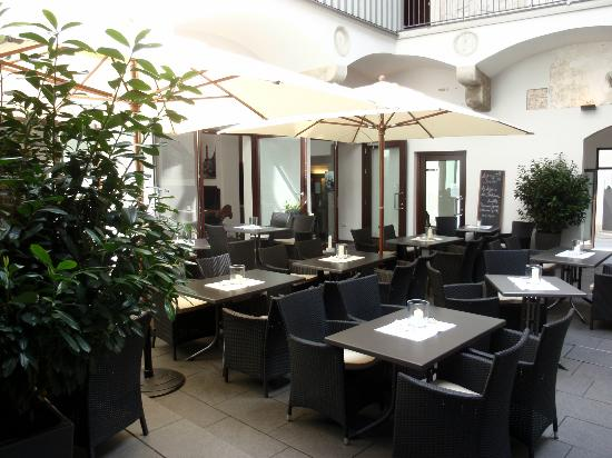 cisa restaurant augsburg restaurant bewertungen telefonnummer fotos tripadvisor. Black Bedroom Furniture Sets. Home Design Ideas