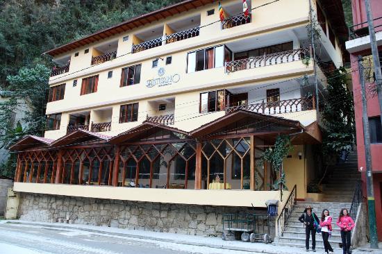 Santuario Hotel: frente del hotel