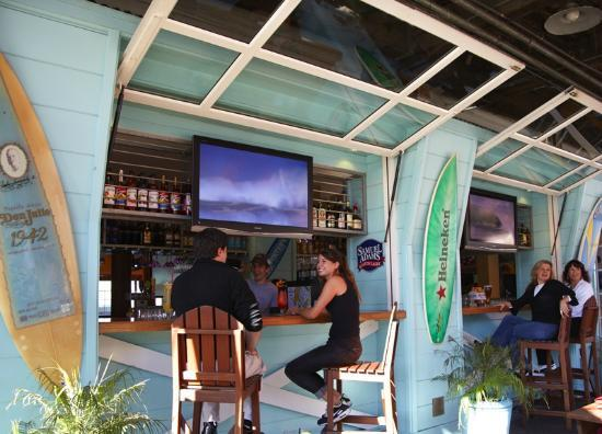 Wipeout Bar & Grill : Outdoor Bar