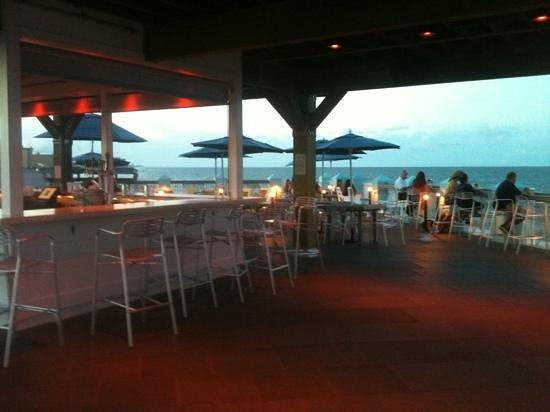 Rooftop Bar Picture Of Joe S Crab Shack Daytona Beach