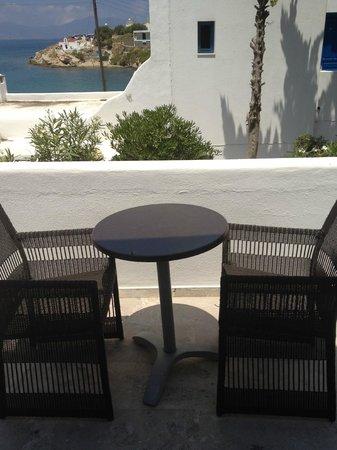Poseidon Hotel - Suites: Balcony