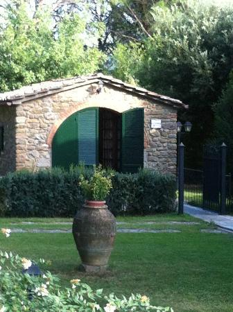 Relais La Corte dei Papi: On the grounds