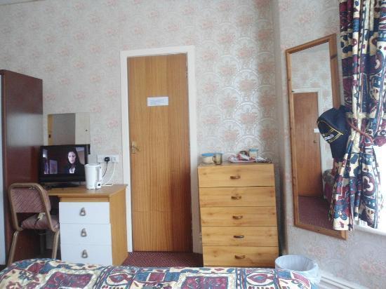 Sunnyside Hotel Blackpool: ROOM