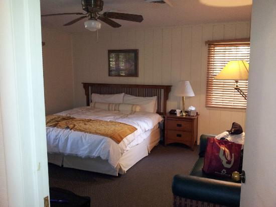 POSTOAK Lodge & Retreat : Room of 4 private bedroom and bath cabin