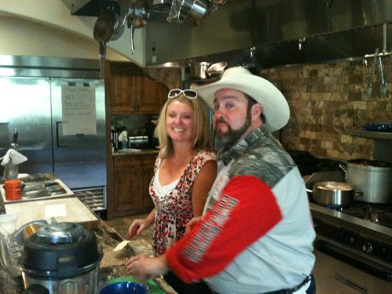 Kessler Canyon, Autograph Collection: Chef Lenny giving a cooking lesson.