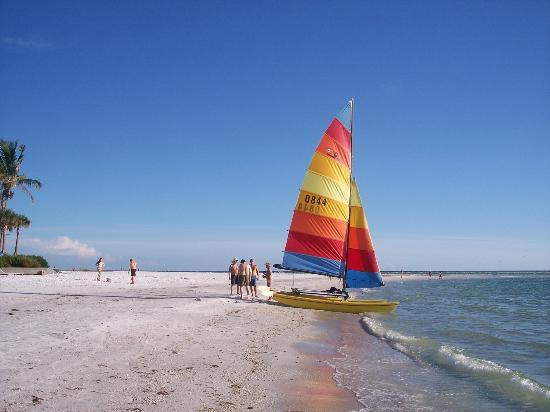 Tropical Breeze Resort: Siesta Key Beach