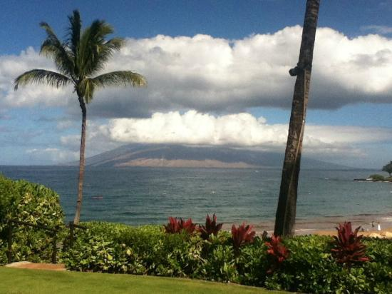 Four Seasons Resort Maui at Wailea: another view