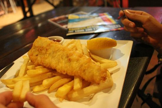 Frasers On Rainbow Beach: $10 fish and chips at Frasers on Rainbow Backpacker Resort
