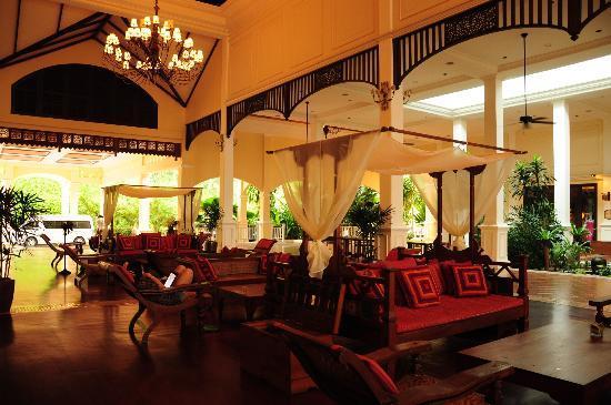 Sofitel Krabi Phokeethra Golf & Spa Resort: Hotel Lobby elegant