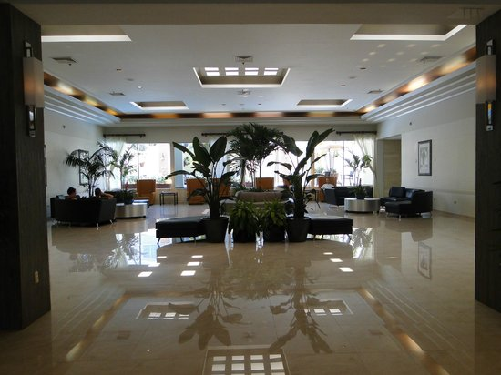 Holiday Inn Port of Miami Downtown: Lobby