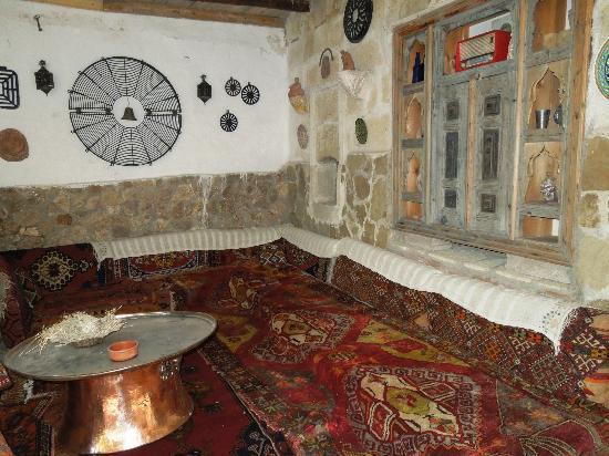 Sofa Hotel: reading room/den