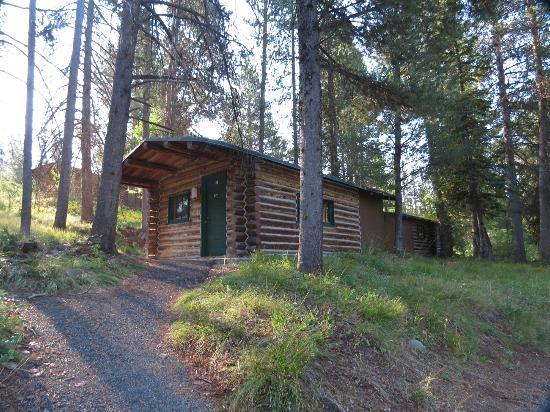 Colter Bay Village : Single (unattached) cabin