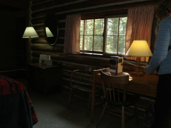 Colter Bay Village: Front windows of cabin