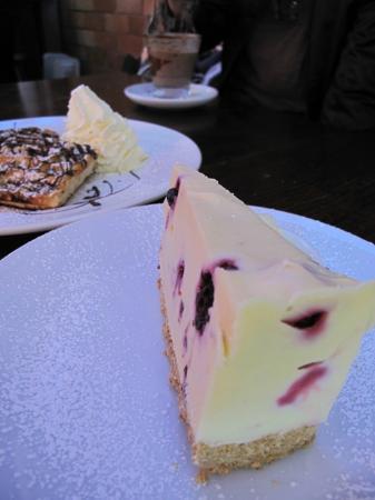 Cafe Madeleine: Cheese Cake
