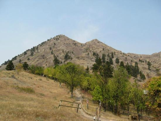 Bear Butte State Park: Summit from the visitor center.