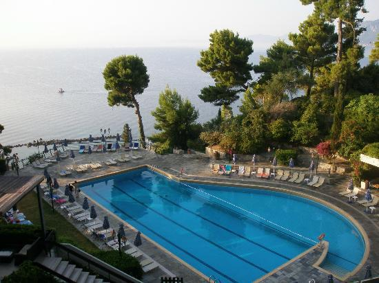 Corfu Holiday Palace: Вид из номера