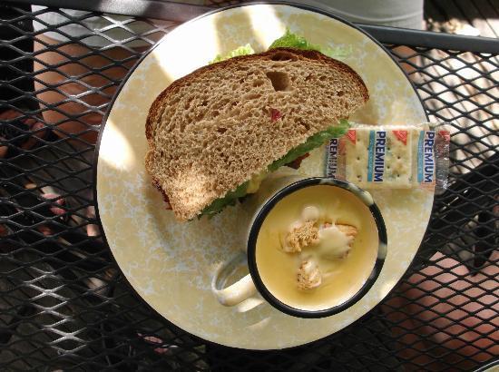 The Courtyard Cafe: Egg salad & beer cheddar soup