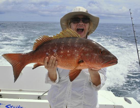 Crocodile Bay Resort: Catching a Red Snapper