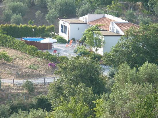 B&B Casa agricola Talia: Struttura con piscina