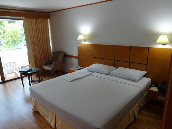 باتونج ريزورت: standard room 