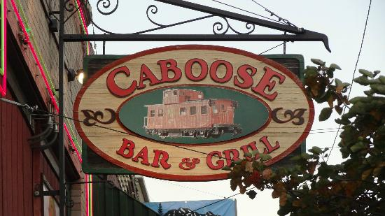 Caboose Bar & Grill: Worth the detour off the freeway