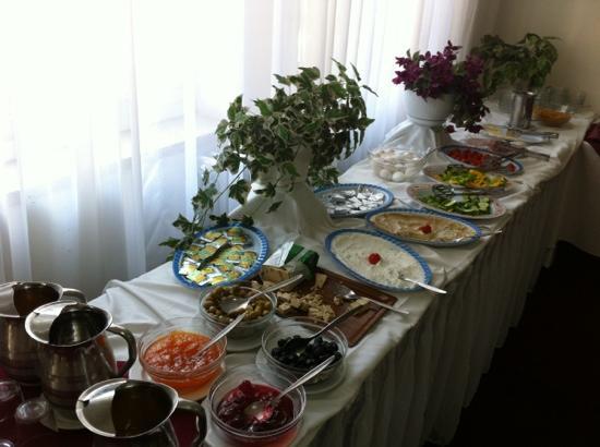 ريفولي هوتل: breakfast 