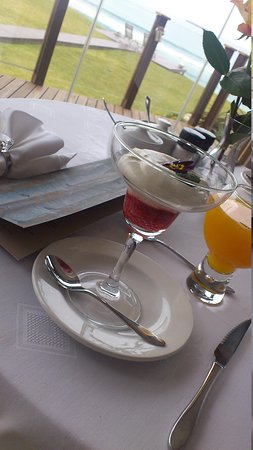 African Oceans Manor on the Beach: Breakfast Starter