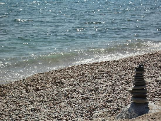 Princess Andriana Resort & Spa : spiaggia : mare & sassolini