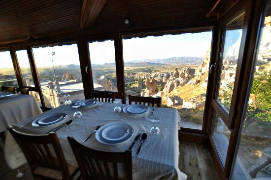 Duven Hotel: restaurant
