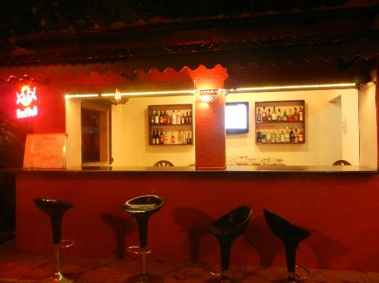 Kingstork Beach Resort: Bar