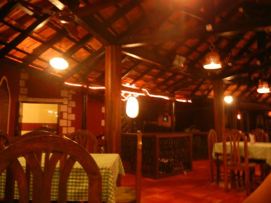 Kingstork Beach Resort: Dining area